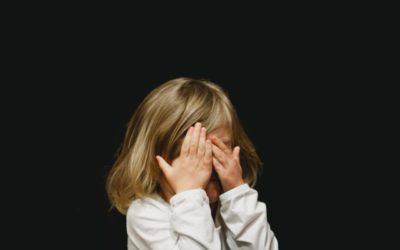 9 idées pour aider son enfant à surmonter la peur du noir